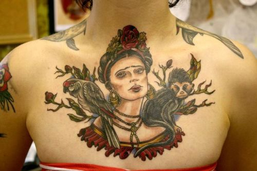 willezurmacht:    Frida Kahlo chest piece by Kerry-Anne Richardson at Cock-a-Snook, Newcastle.