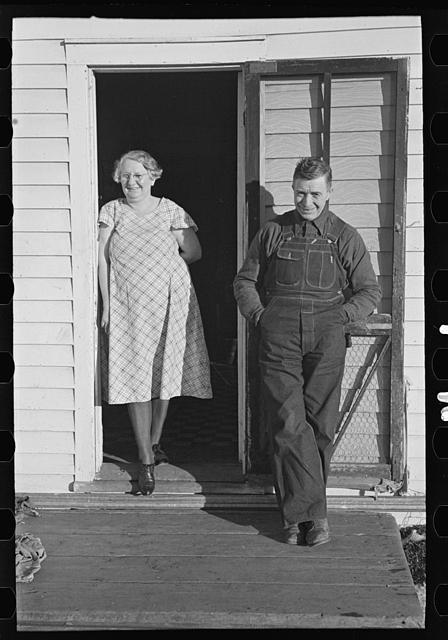 Mr. and Mrs. Bert Aldrich, tenant farmers on farm owned by an absentee landlord near Ruthven, Iowa. Lee, Russell, 1903-1986, photographer. CREATED/PUBLISHED 1936 Dec.