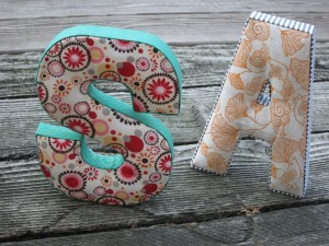 (via Fabric Letters How To)
