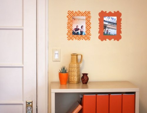 DIY Fabric Wall Decals Perfect for the frame-effect when you can't afford to damage the walls - such as dorms, apartments or other rentals!