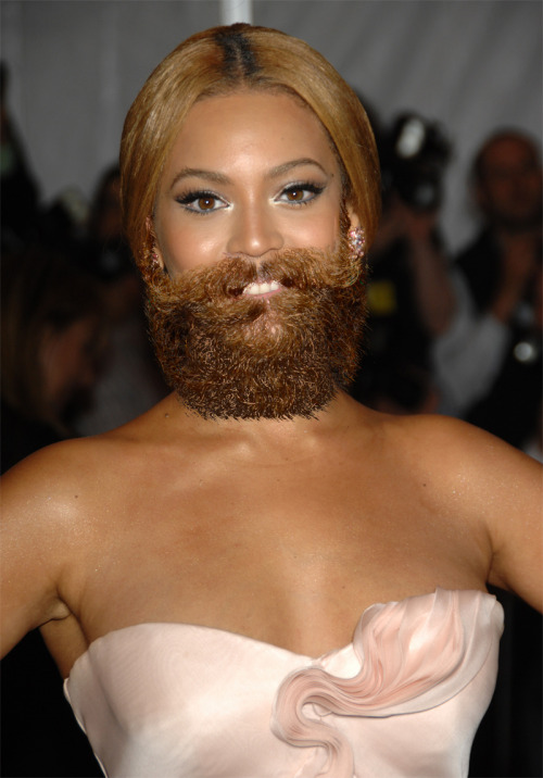 christmascreampie:  stank-daddy:  celebritysmush:  beyonce with a hipster beard  jesus christ  fierce