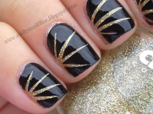 "Scotch tape ""starburst"" manicure - so glittery! www.emilysnailfiles.blogspot.com"
