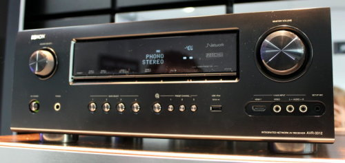 Ich weiss nicht ob jemand das gleiche problem mit dem Denon AVR-3312 hat aber bei mir entsteht gerade ein Hass-Liebe! Habt ihr schon Erfahrungen damit gemacht? Anyone same problems with the Denon AVR-3312 I am to develop a strong hate-love relationship! Any experiences with it?