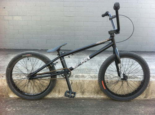 new love for bmx (via Colony Descendent BMX Bike 2010Matte Black | eBay)