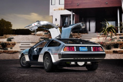 oliphillips:  DMC: DeLorean Electric for 2013  I want this