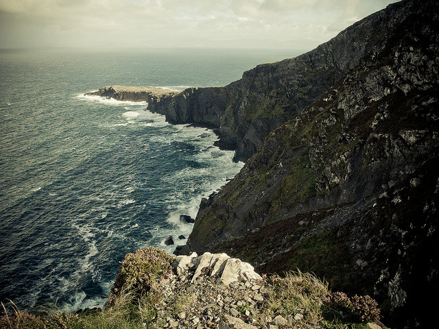 Fogher Cliffs by robert_goulet on Flickr.