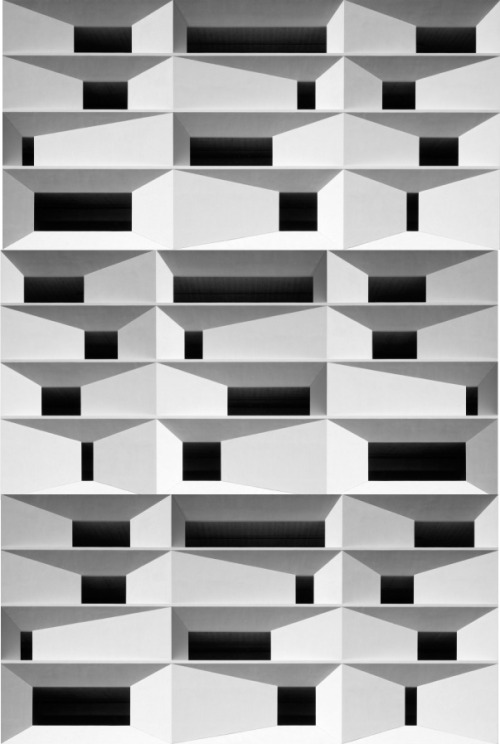 Architecture and pattern. fiore-rosso:  ,tim griffith for wrns studio