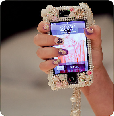 why are these not my nails and why is this not my iphone.