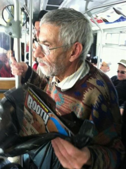 "collegehumor:  Old Man Buys Dirty Magazine ""They're not mine, I swear! I'm just holding them for my grandson.""  Funny as hell!"