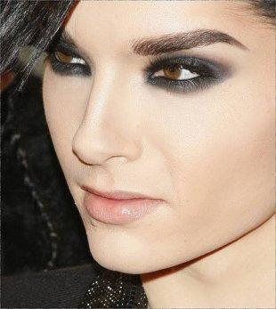 Which Tokio Hotel member is your match? Bill kaulitzYour the type of girl of bill. you are romantic. if your in love its forever. you know thats the music its important for. you're sweet and kind and really beauty. Take this Quiz
