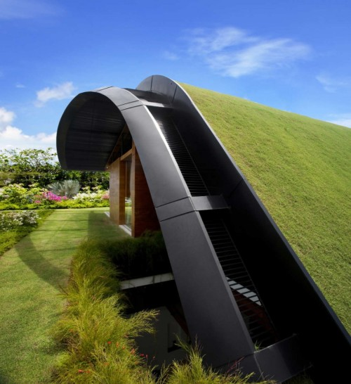 sgttibs:wawamiwa:green roofs - architecture of the futureSky Garden HouseGuz ArchitectsSentosa Island, Singapore