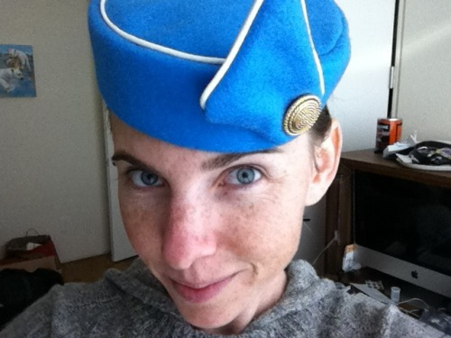 My Pan Am hat has arrived! Out of the box and on my head. Wearing it all day, I think.