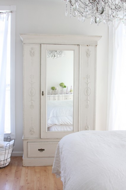 Love the painted wardrobe and crystal chandelier (via http://www.houzz.com/photos/63943/http—-dreamywhites-blogspot-com—eclectic-bedroom-other-metros)