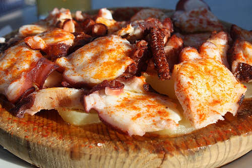 bridgetnoentiendo:  PULPO. Comida of choice.   Not having this for dinner….but want to.   Brb headed for steaks at sparks: http://sparkssteakhouse.com/