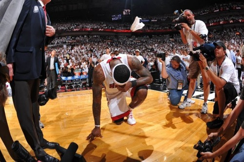 A plea for perspective on LeBron's legacy  LeBron James is 26 years old.  When Michael Jordan was 26 years old, he was a failure. This might seem impossible to some. We're talking about the greatest winner of all-time. The most clutch basketball player ever to grace the Earth. A cold-blooded killer in crunch time. The trophies, the rings, the banners. It goes on and on.  But all the golden hardware and endless accolades that Jordan earned? They came later in his career. Yes, it's true that Michael Jordan was once considered a me-first gunner whose team always came up short. By the time Jordan finished up his age-26 season in 1989-90, he was the game's undisputed top scorer. But despite his scoring chops, Jordan had nothing in the win column to show for it.   Read the rest here: http://espn.go.com/blog/truehoop/miamiheat/post?id=9785