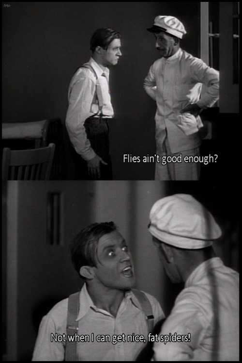 the-asphalt-jungle:  Dwight Frye loves spiders………………………Dracula (1931)
