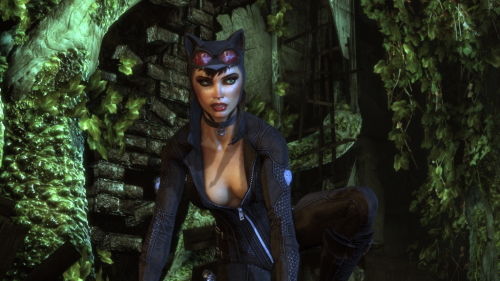 Screenshot of Catwoman from Batman: Arkham City running on PC with DirectX 11. As fantastic as AC looks on consoles, the PC version is going to melt eyeballs.