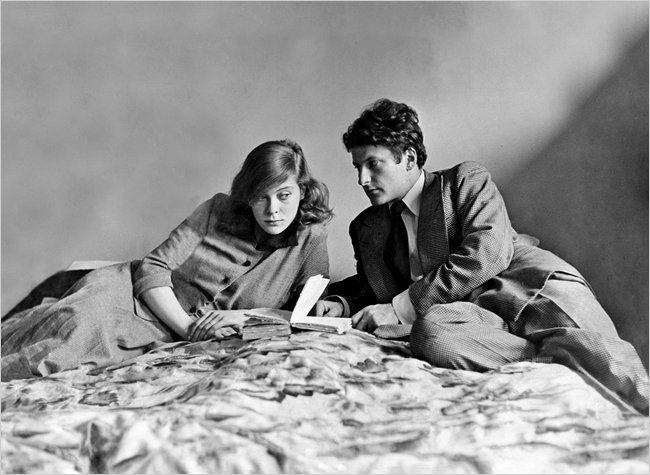 michellelucida:  Lady Caroline Blackwood and her first husband, Lucian Freud. [I am kind of obsessed with Blackwood. She was… epic. To say the least.]