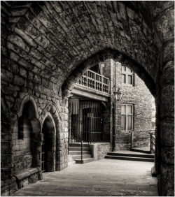 beautiful-portals:  Black Gate Newcastle upon Tyne. UK Submitted by David Williams Photography