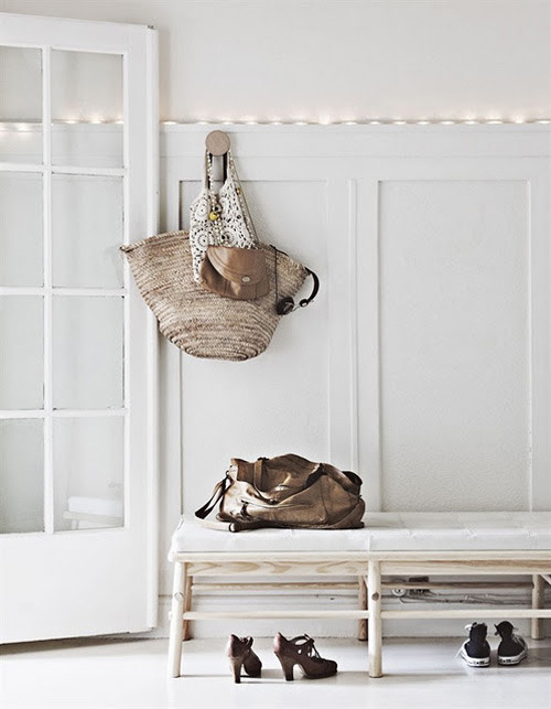 micasaessucasa:  (via a home in bergen, norway | the style files)
