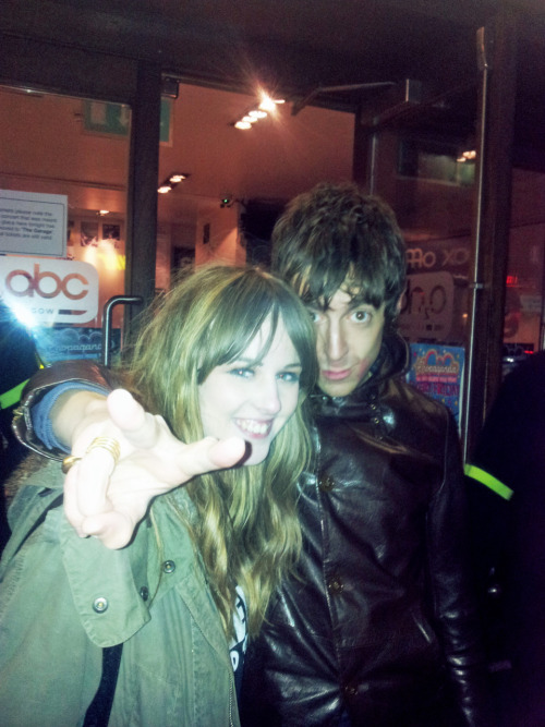 look disgusting, but hey i met miles kane last night. hes well lovely.
