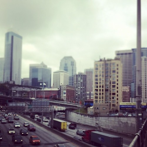 anendtopromises:  shesgoingplaces:  #seattle wandering  (Taken with instagram)  Ditto.    I miss this city so much.