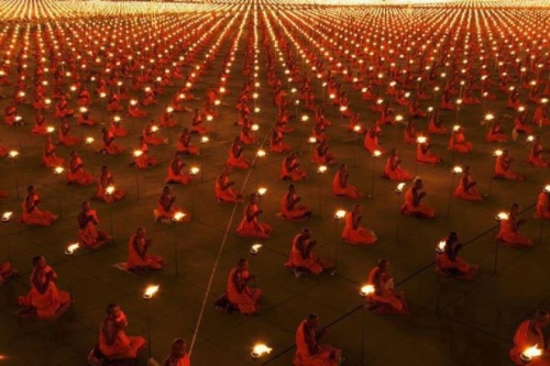 100.000 monks praying, awesome photo. By Shawn Williams