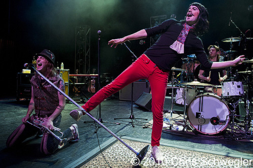 Foxy Shazam @ The Fillmore, Detroit, MI - 07-11-10 by schwegweb on Flickr.