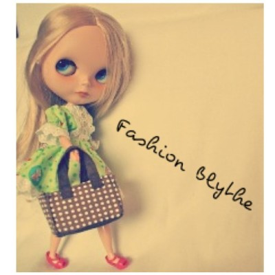 #fashion #Blythe #purse #bag #doll #toy #kawaii #adorable #pretty #blonde #dress #photography #photo #app #instagram #instagood #tumblr #igaddict #IGers #makeup (Taken with instagram)