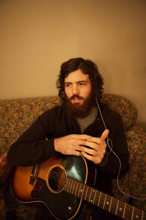attractivebeardedmen:  Scott Avett (Submitted by snarkymcgeesnarks. Thanks!)