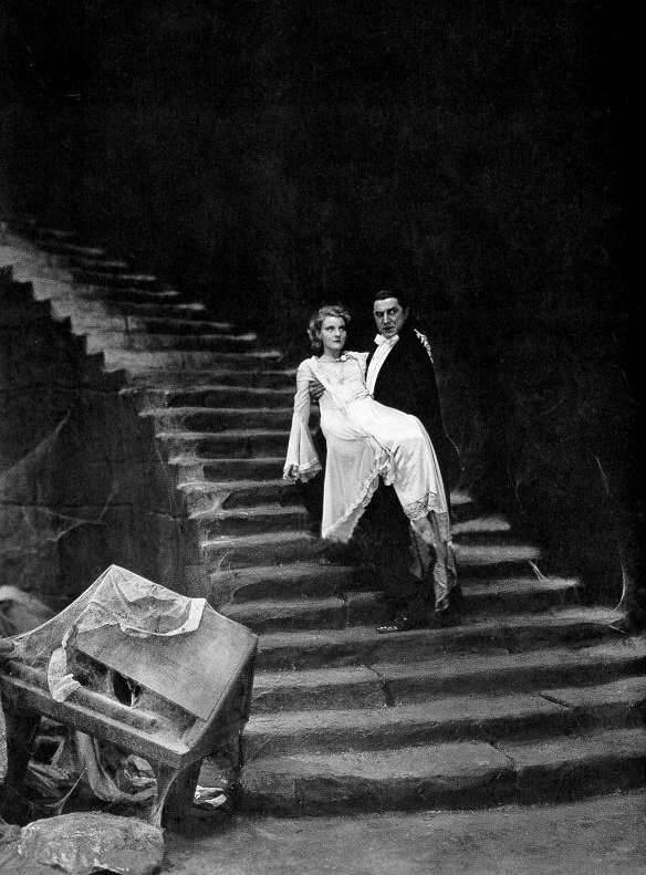 the-asphalt-jungle:  Bela Lugosi and Helen Chandler………………….Dracula (1931)