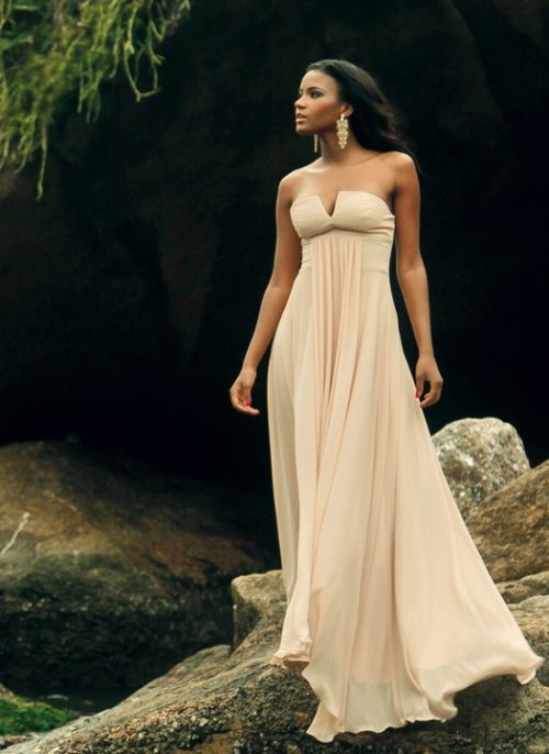 The Visual:Leila Lopes…Miss Universe