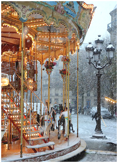 Carousel in Snow, Paris, France  photo via orollergirl