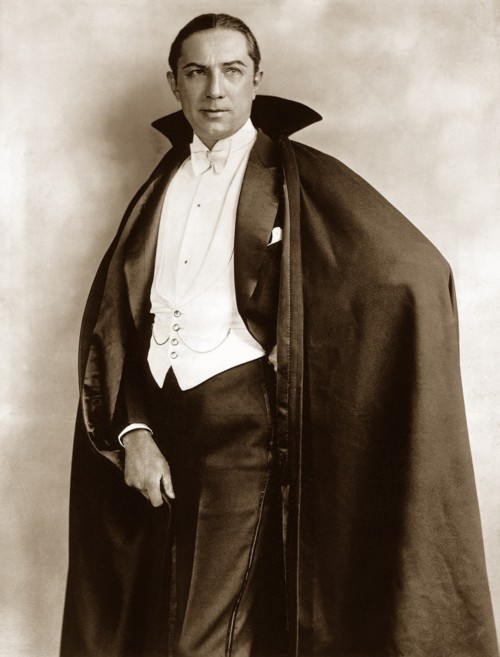 universalmonstersblog:  Fact 7: Bela Lugosi first played the part of Count Dracula, not in the 1931 movie, but on Broadway. The first show was on October 5, 1927.
