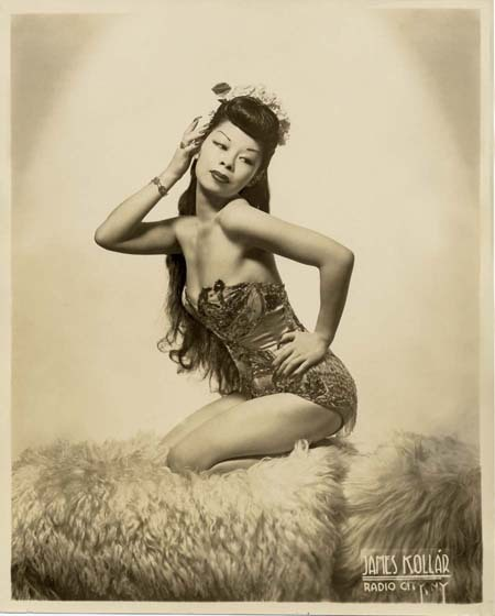 "bhof:  Noel Toy   aka. ""The Chinese Sally Rand""..  (1918-2003)"