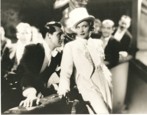 "Marlene Dietrich and Cary Grant in ""Blonde Venus"", 1932"