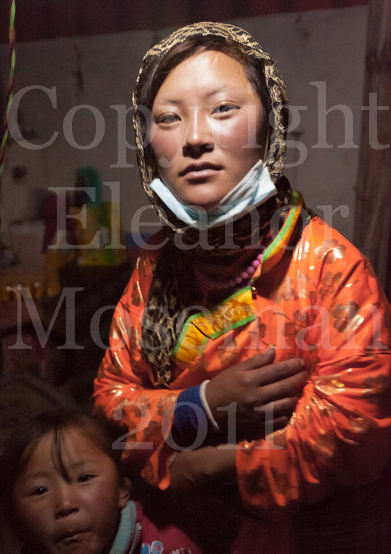 Nomad Girl, 2011 near Nima Tibet