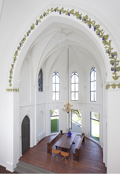 Interior of a converted European church, now a private home… love the frieze work along the arched lintel (via Church by Zecca)