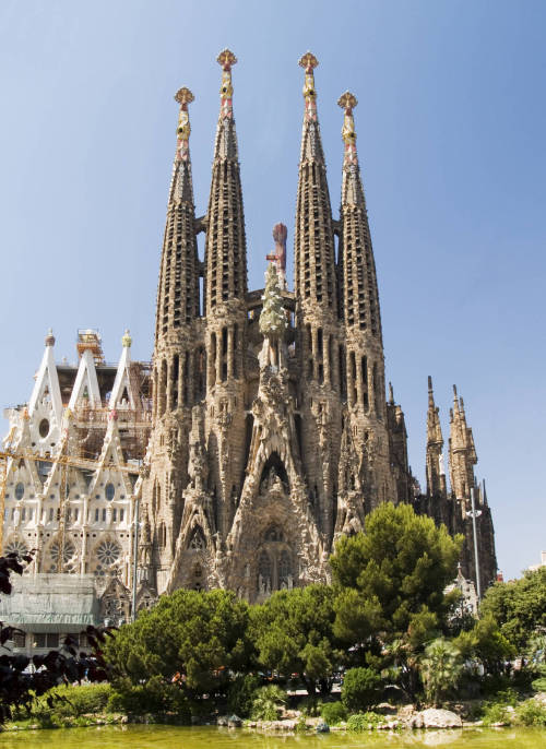 """La Sagrada Familia"" by Antoni Gaudí - 130 years in construction. When work began on the church, in 1882, the architects, the bricklayers and the labourers worked in a very traditional way. When Gaudí took over the direction he was aware that the works were complex and difficult and tried to take advantage of all the modern techniques available.Today, 130 years later, the building of the church follows Gaudí's original idea and many architects have tried to follow his techniques to desig the 12 towers but only 8 are ready and it's not close to be finished. (Virtual Visit)  That's why Barcelona is the city I'd live in if I had to get out of Brazil. Such a magic city!"