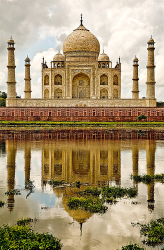 Wonder of the world - The Taj Mahal