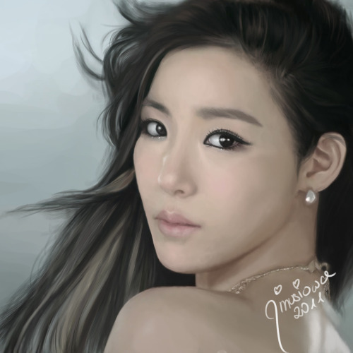 jinusiowa:  :3 Tiffany <3  holy moly! beautiful painting!