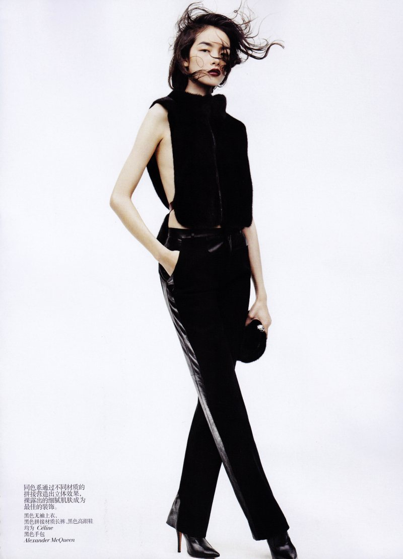 jessicahsu:  Vogue China November 2011 | Sun Fei Fei by Josh Olins