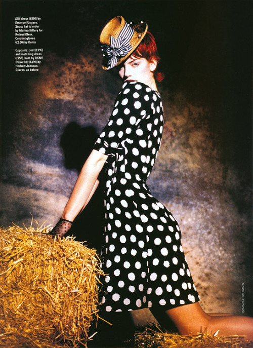 Elle UK, ~1995 photographer: Dominique Issermann Sybil Buck in Emanuel Ungaro the Fashion Spot - Dominique Issermann - Photographer