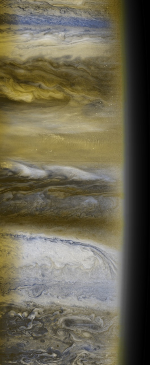 aeontriad:  APOD: 2011 October 23 - Jupiter's Clouds from New Horizons