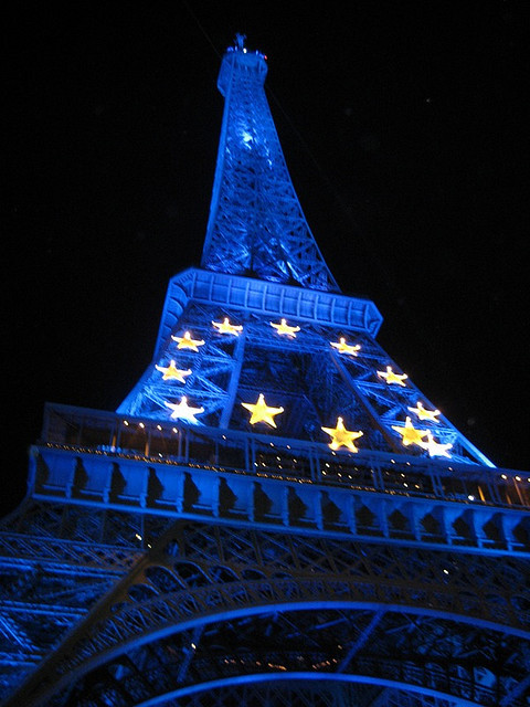 Eiffel Tower by amzakem on Flickr.