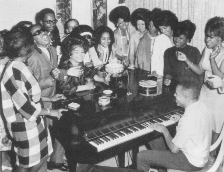 Little Stevie Wonder & friends. Hitsville? Couldn't find photo credits.