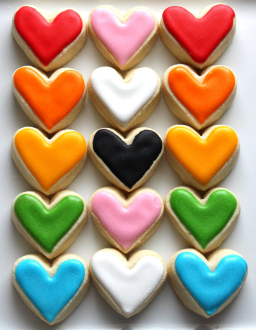 waltzingmatildablog:  Heart shaped bite size cookies! Cute!