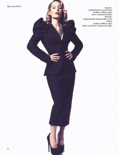 (via Gillian Anderson by Squiz Hamilton for Fault Magazine Fall 2011 : Swing Fashionista)