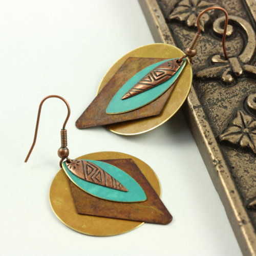 (via Southwestern Jewelry Earrings Teal Blue by AbacusBeadCreations)