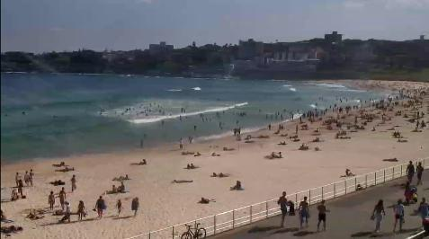 I think some people forgot that it's a work day at Bondi today ;D Check out the crowds at the beach! Visit Bondi Life on Facebook | The Bondi Life Blog | Twitter